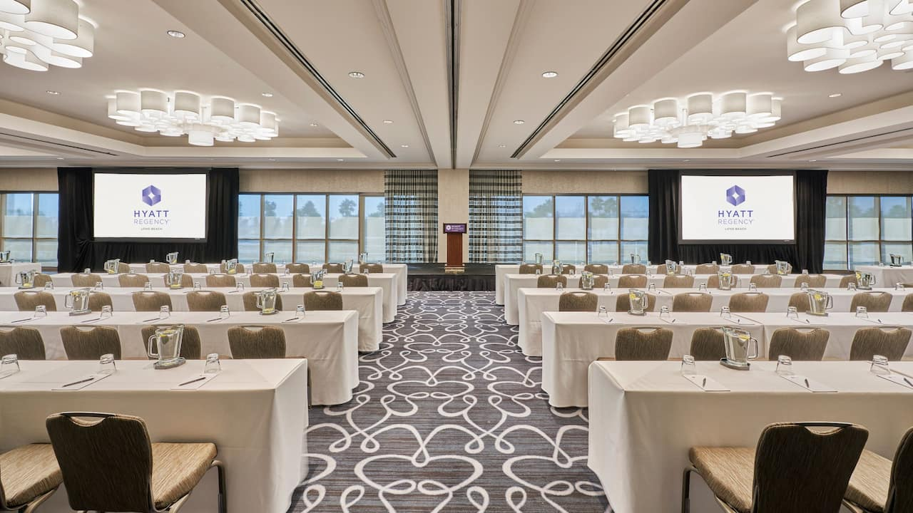 Beacon Ballroom Classroom Setup With Podium
