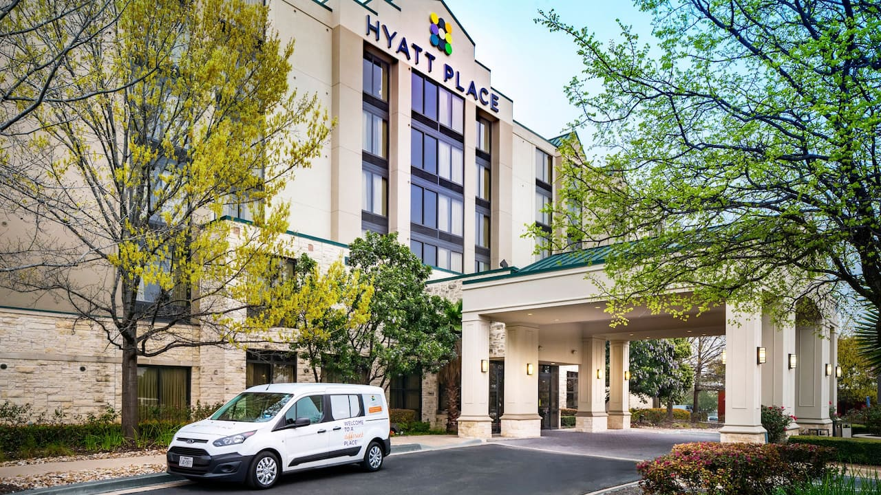Hyatt Place Austin / Arboretum shuttle service to destinations in Austin