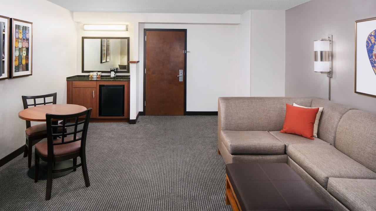 Spacious guestroom with sofa bed at Hyatt Place Austin / Arboretum