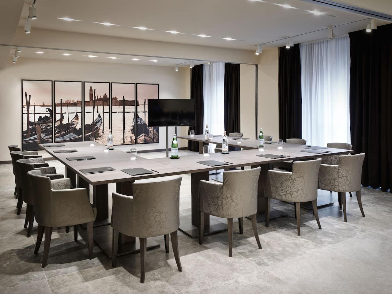 Hyatt Centric Murano Venice Hotel Meeting Room