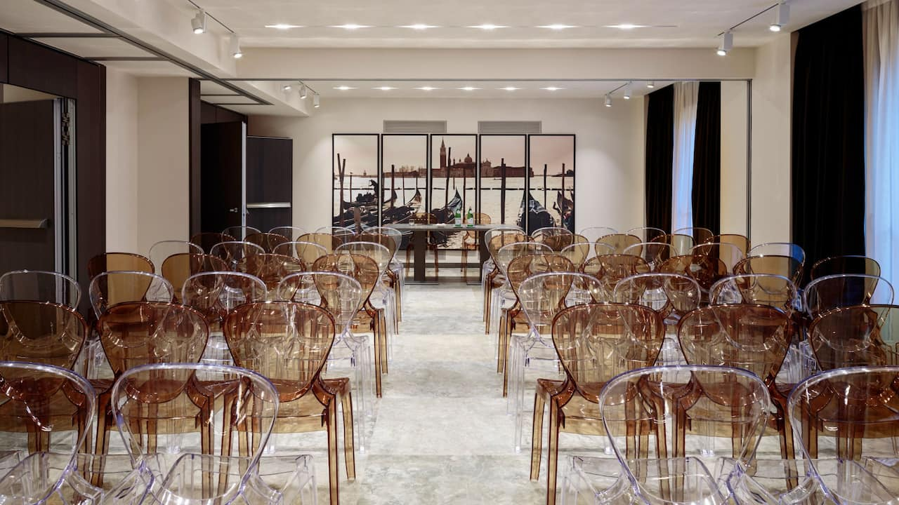 Hyatt Centric Murano Venice meeting room