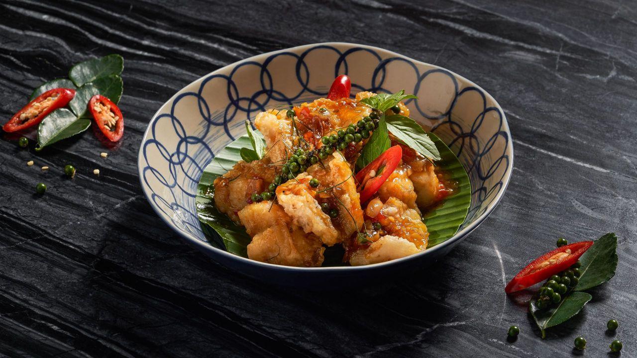 Market Cafe Pla Gao Saam Rod