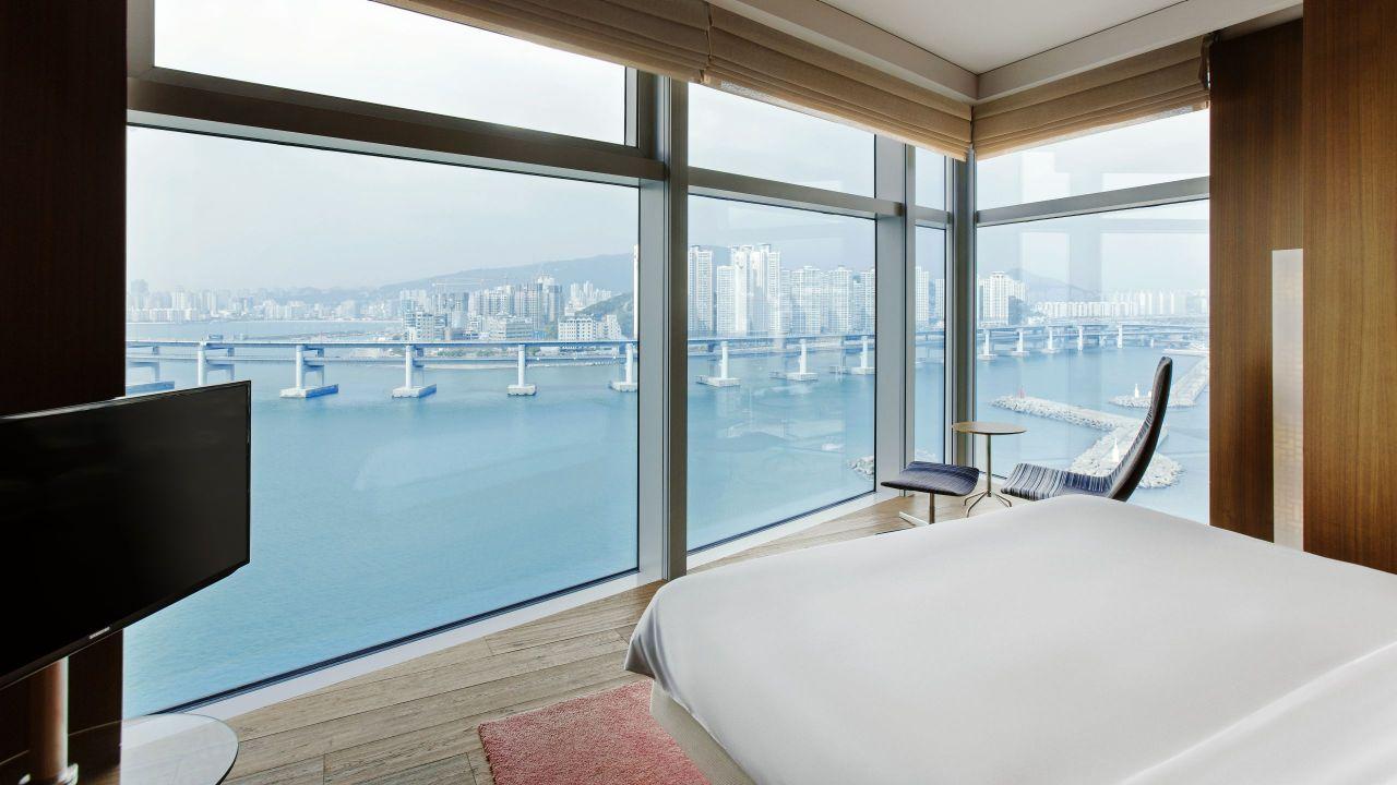 Park Executive Marina Suite Bedroom