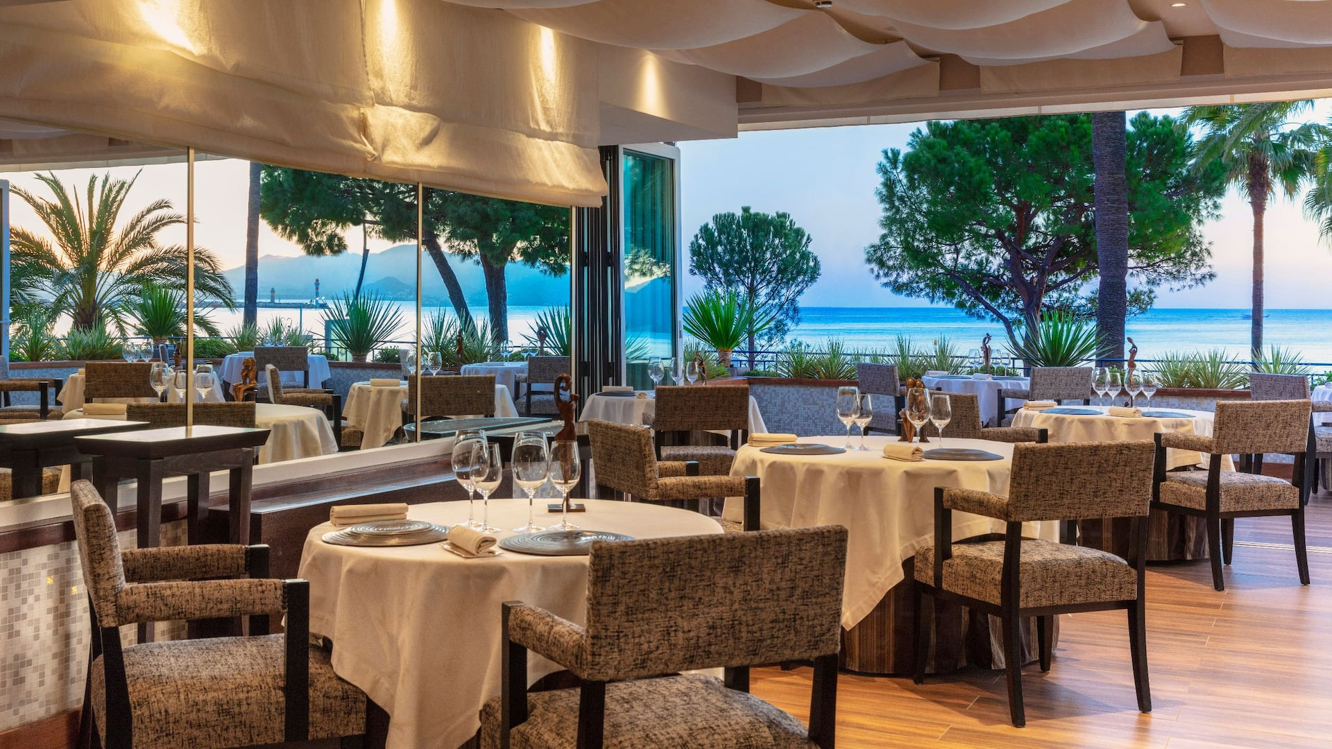 Michelin-starred Restaurant La Palme d'Or at Hôtel Martinez Cannes by Hyatt