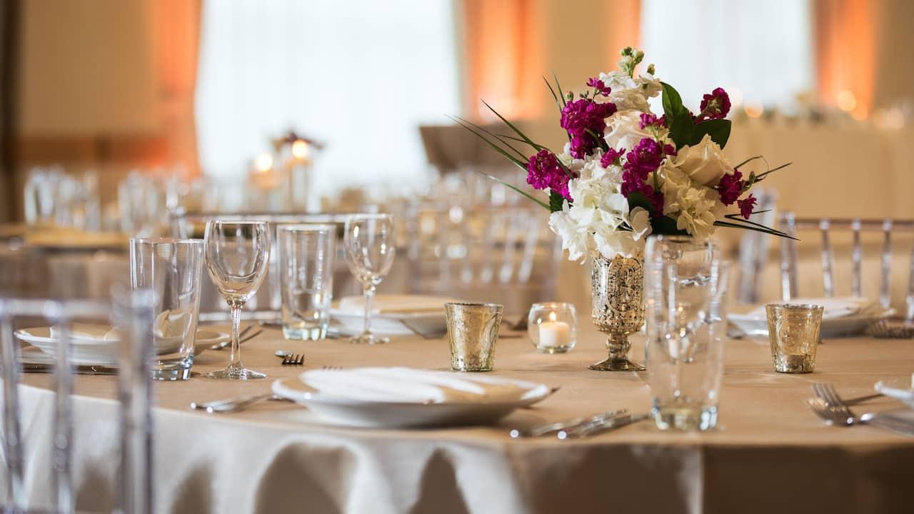 Hyatt Rosemont Wedding Banquet Setup