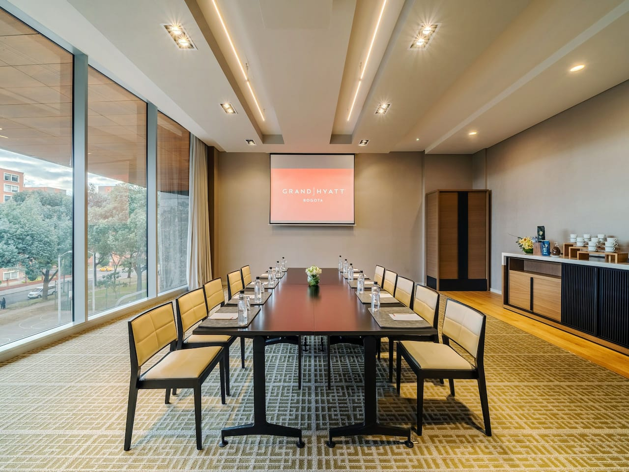 hyatt grand meeting room