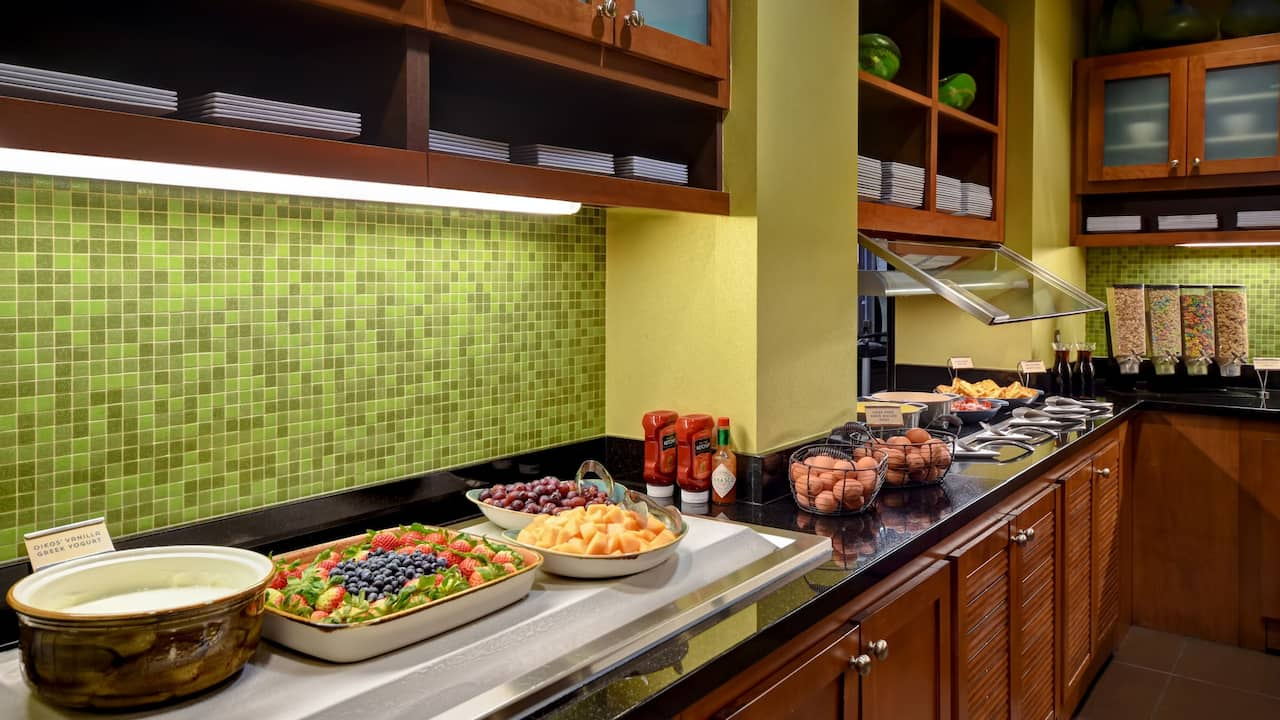 Hyatt Place Phoenix Gilbert Breakfast Buffet