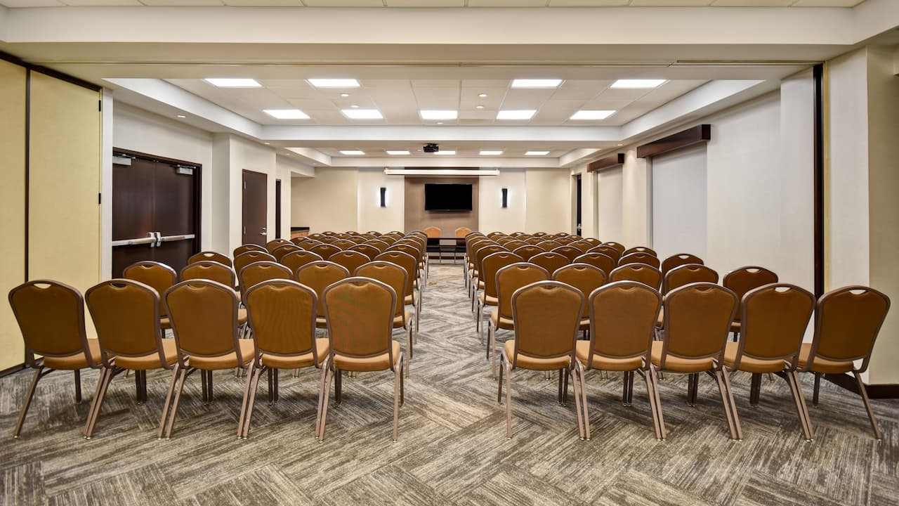 Hyatt Place Phoenix Gilbert Meeting Space Theater Setup