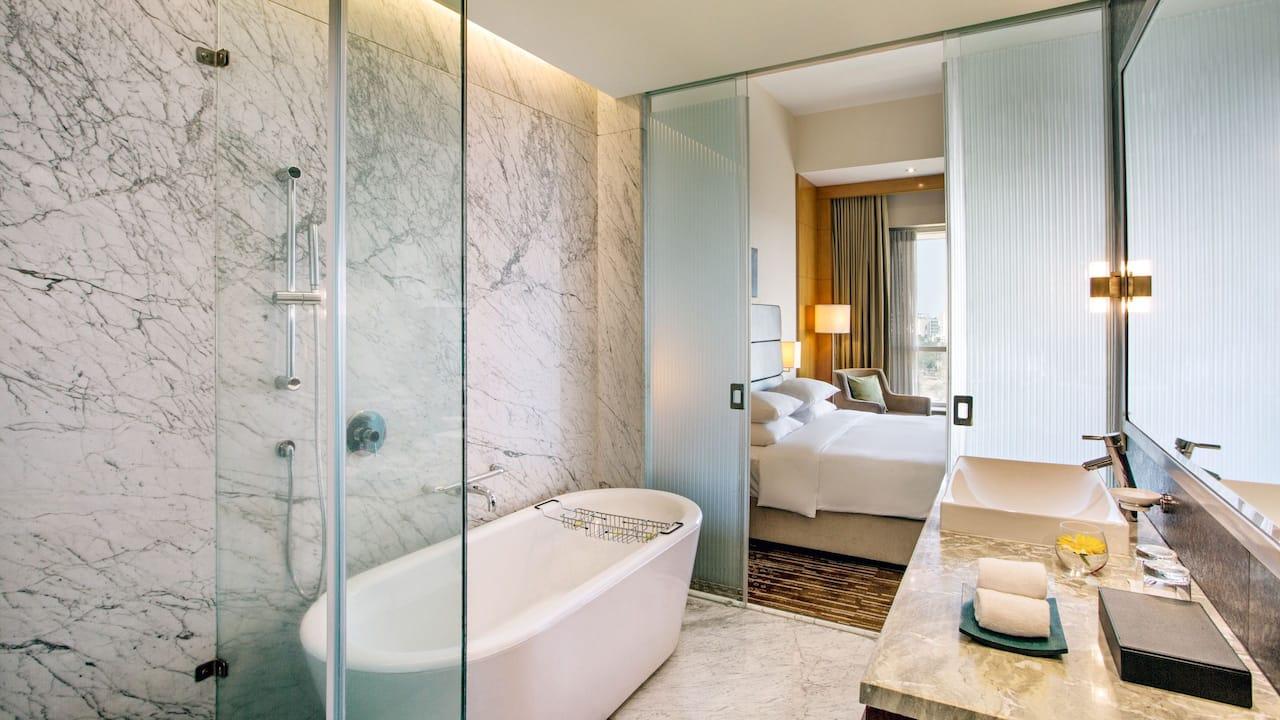 Regency Room Bathroom