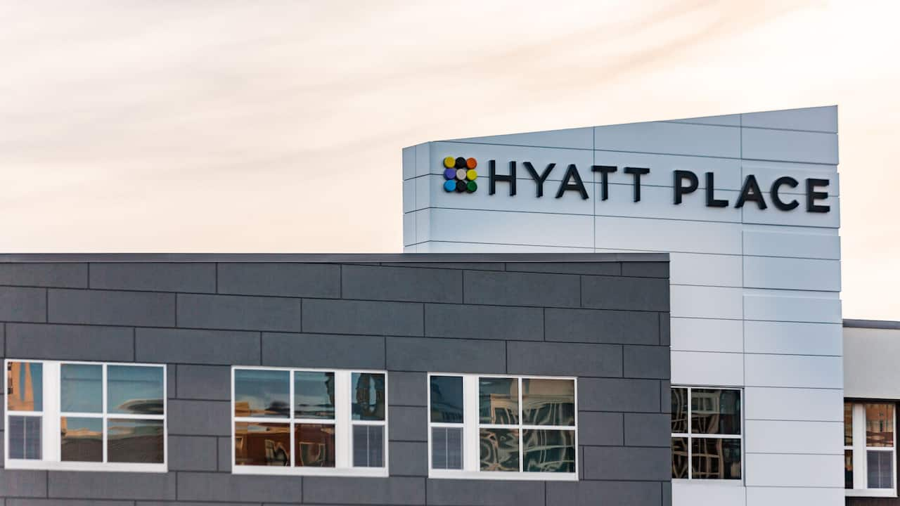 Hyatt Place Greenville Exterior