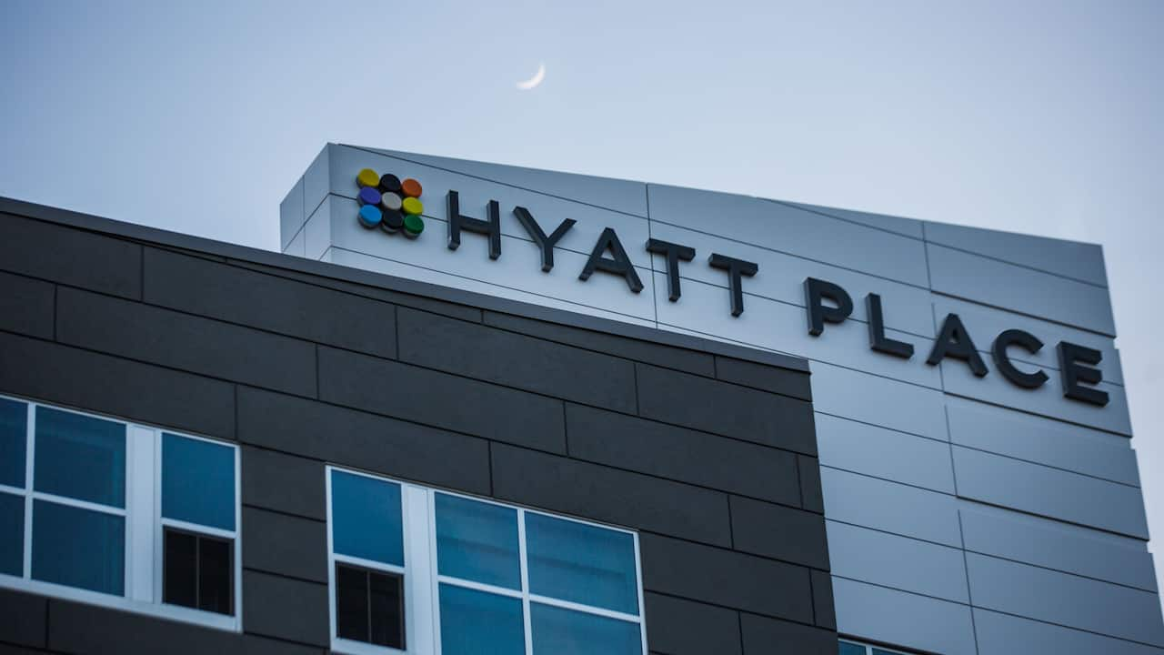 Hyatt Place Greenville Downtown Exterior
