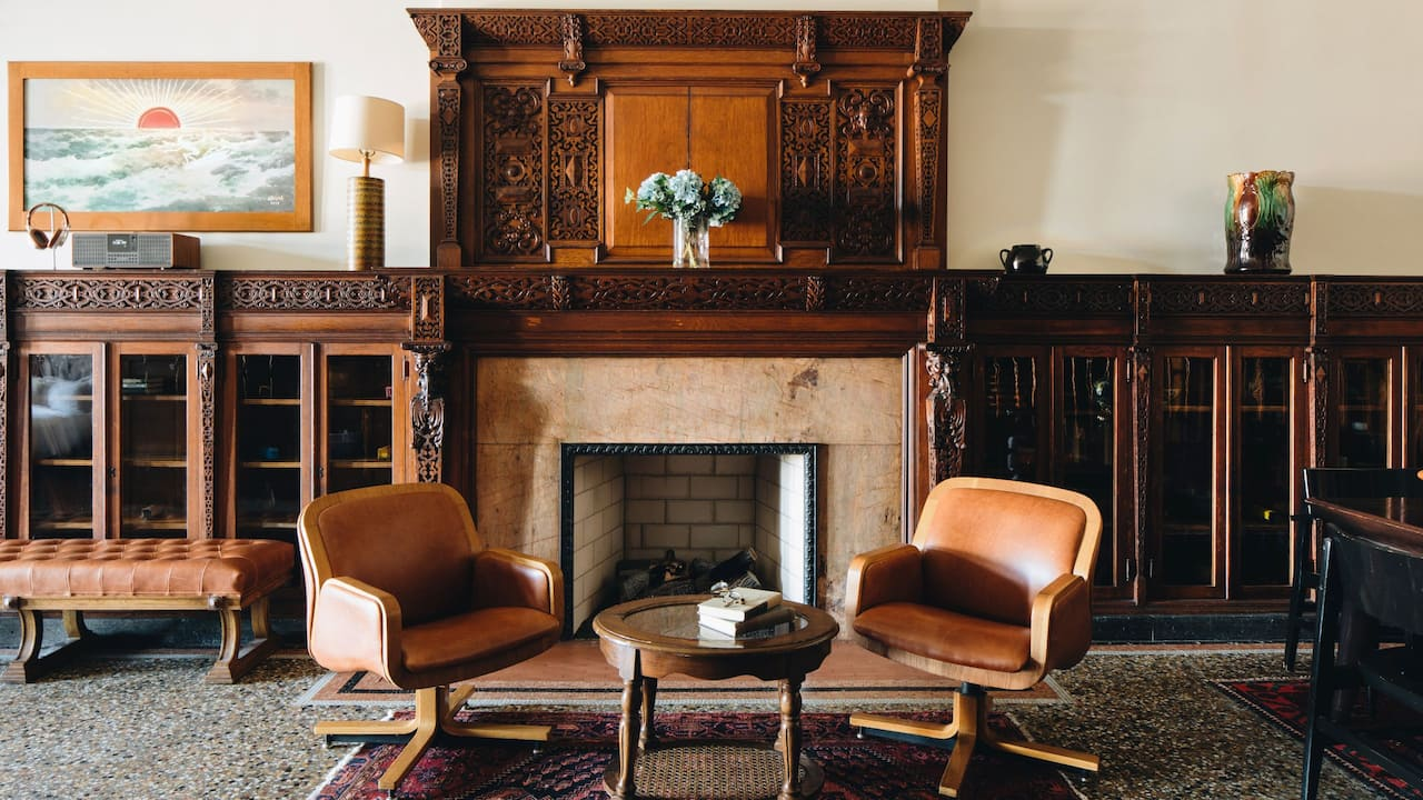 Chicago Athletic Association Founders Suite