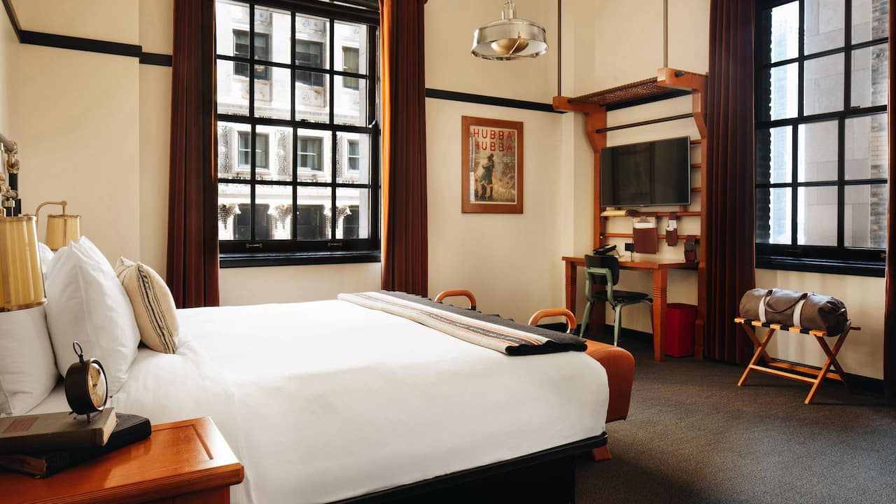 Chicago Athletic Association Hotel King Bed Corner Madison View