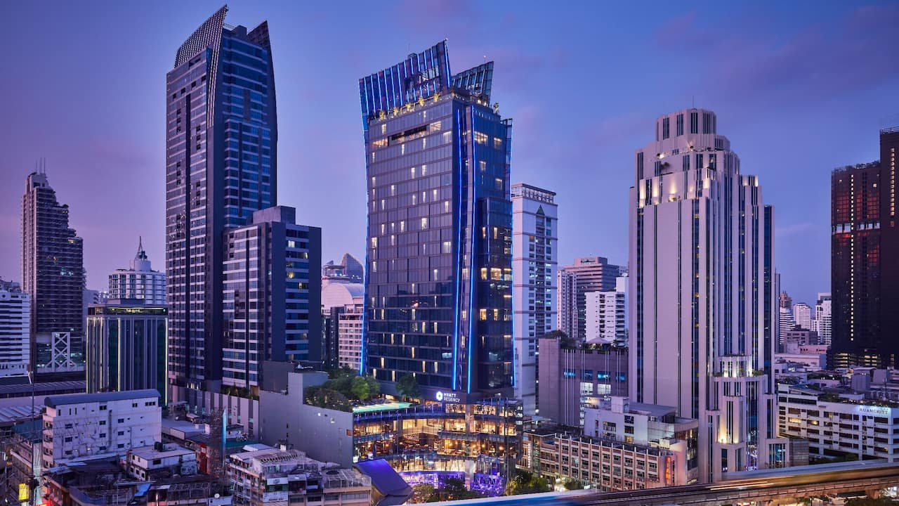 5-Star Hotel with Direct Access to BTS Skytrain