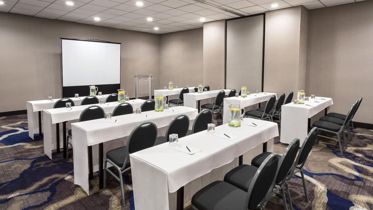 Hyatt Regency Rochester Meeting Room Classroom Setup