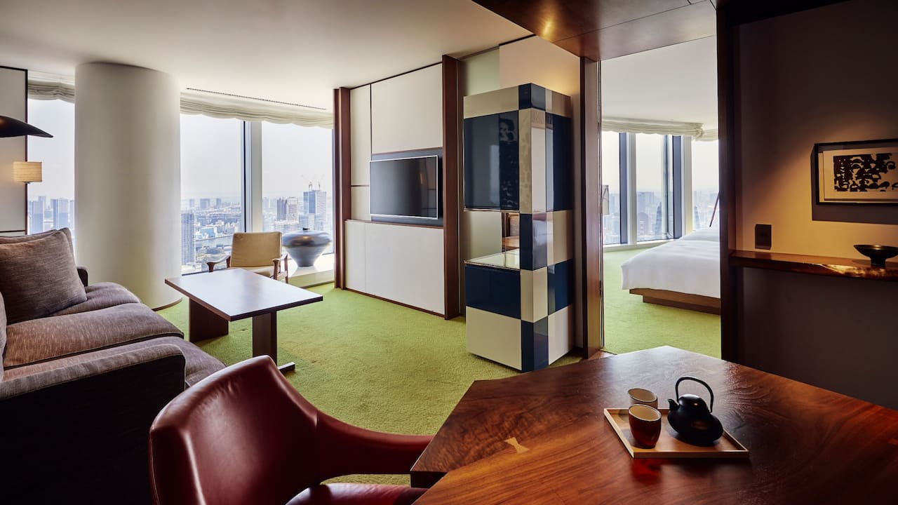Andaz Suite Room