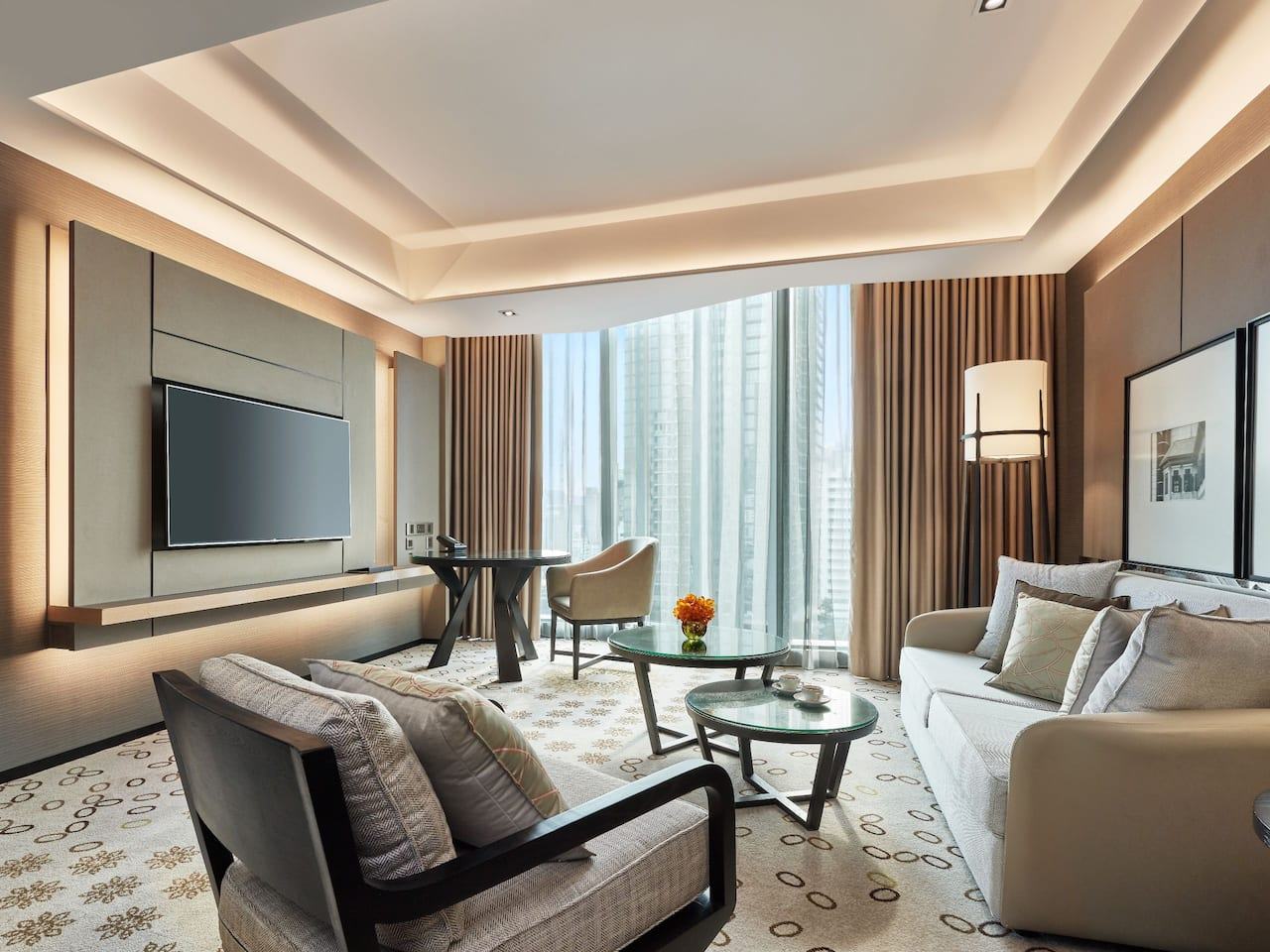 Hotel Near Terminal 21 Asoke with Suites at Hyatt Regency Bangkok Sukhumvit