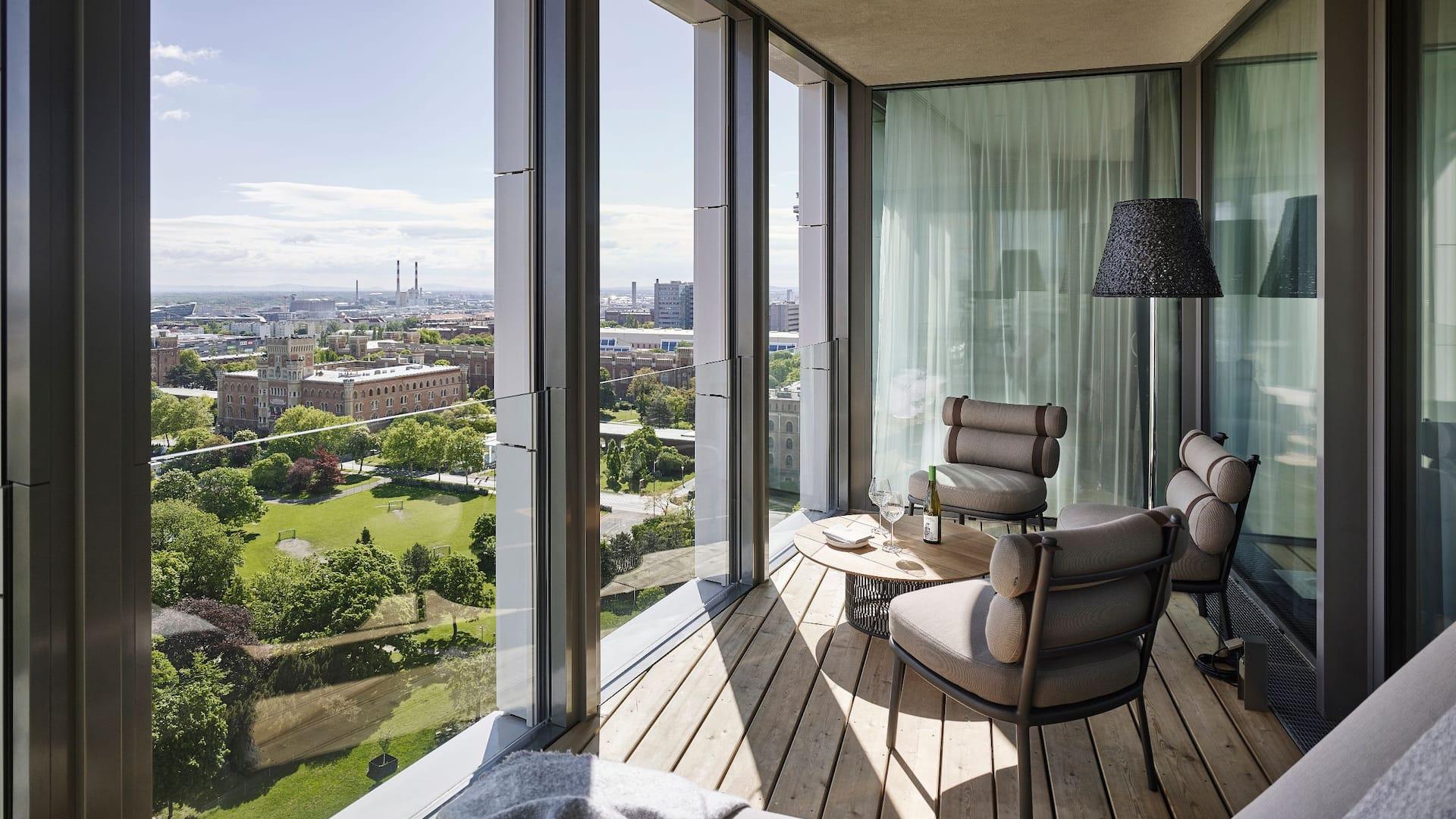 Penthouse Suite Loggia
