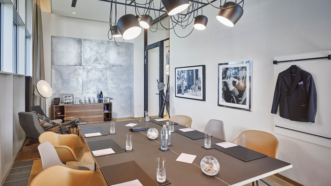 Andaz Vienna Am Belvedere Tailor Meeting Room