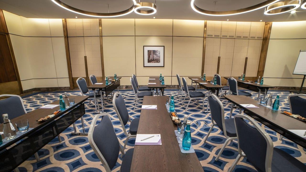 Hyatt regency istanbul Meeting Room Classroom Setup