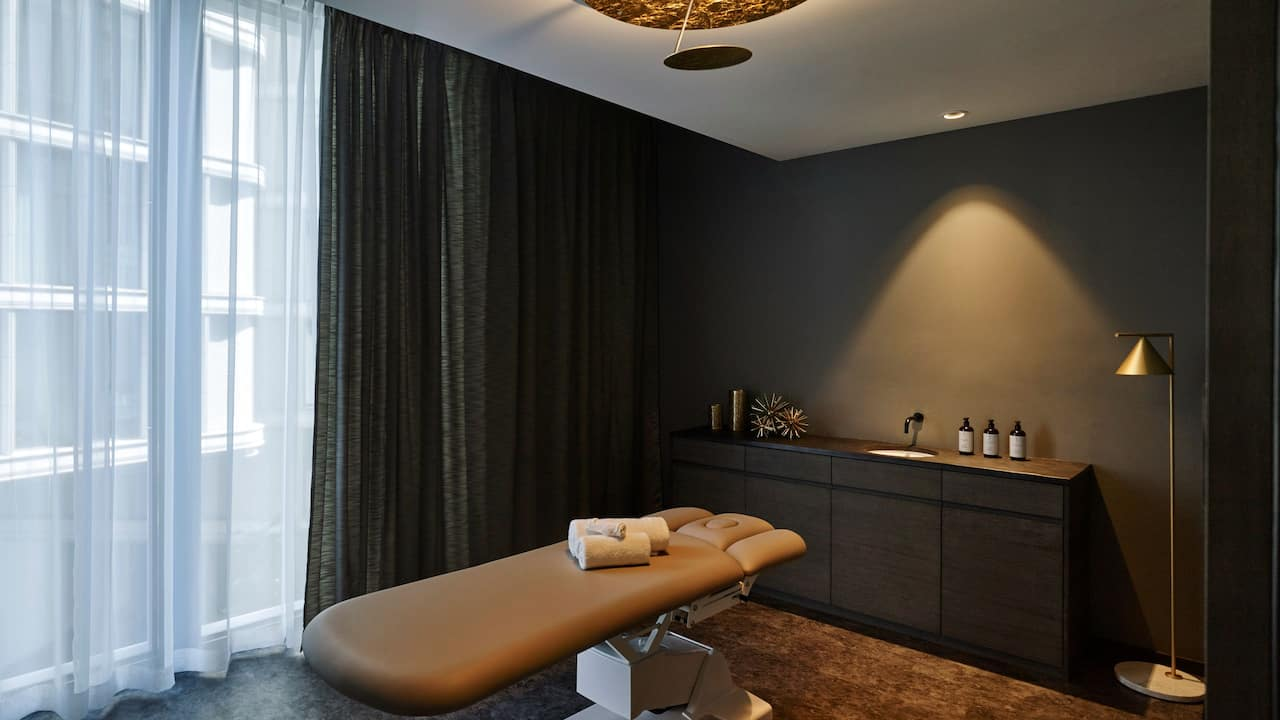 Andaz Vienna Am Belvedere Treatment Room