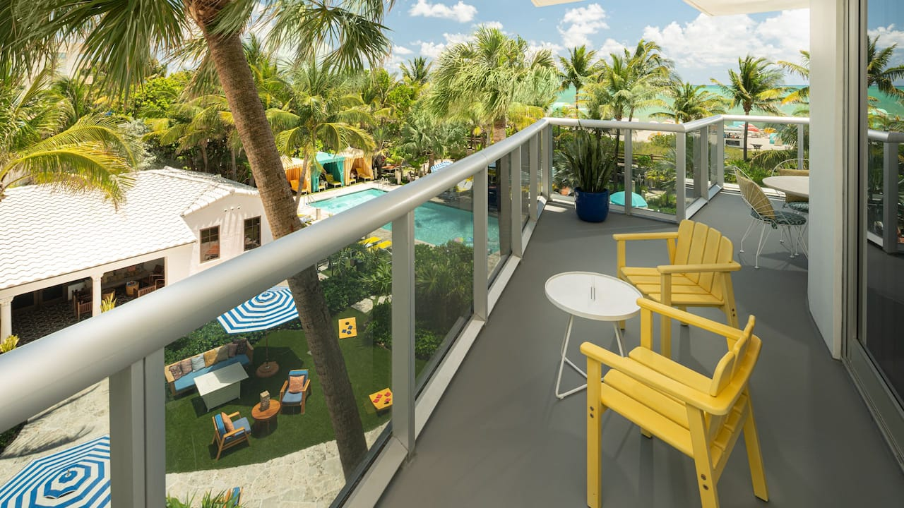 hotel suite with balcony near South Beach