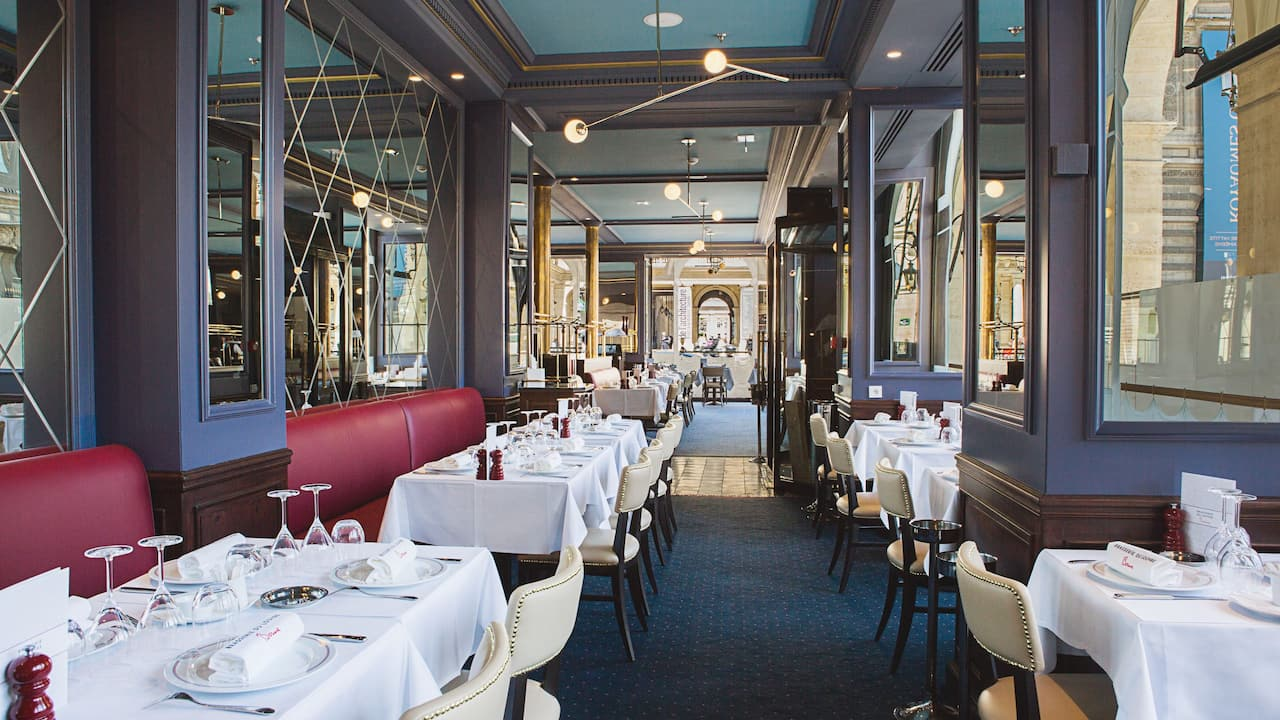 Brasserie du Louvre Place