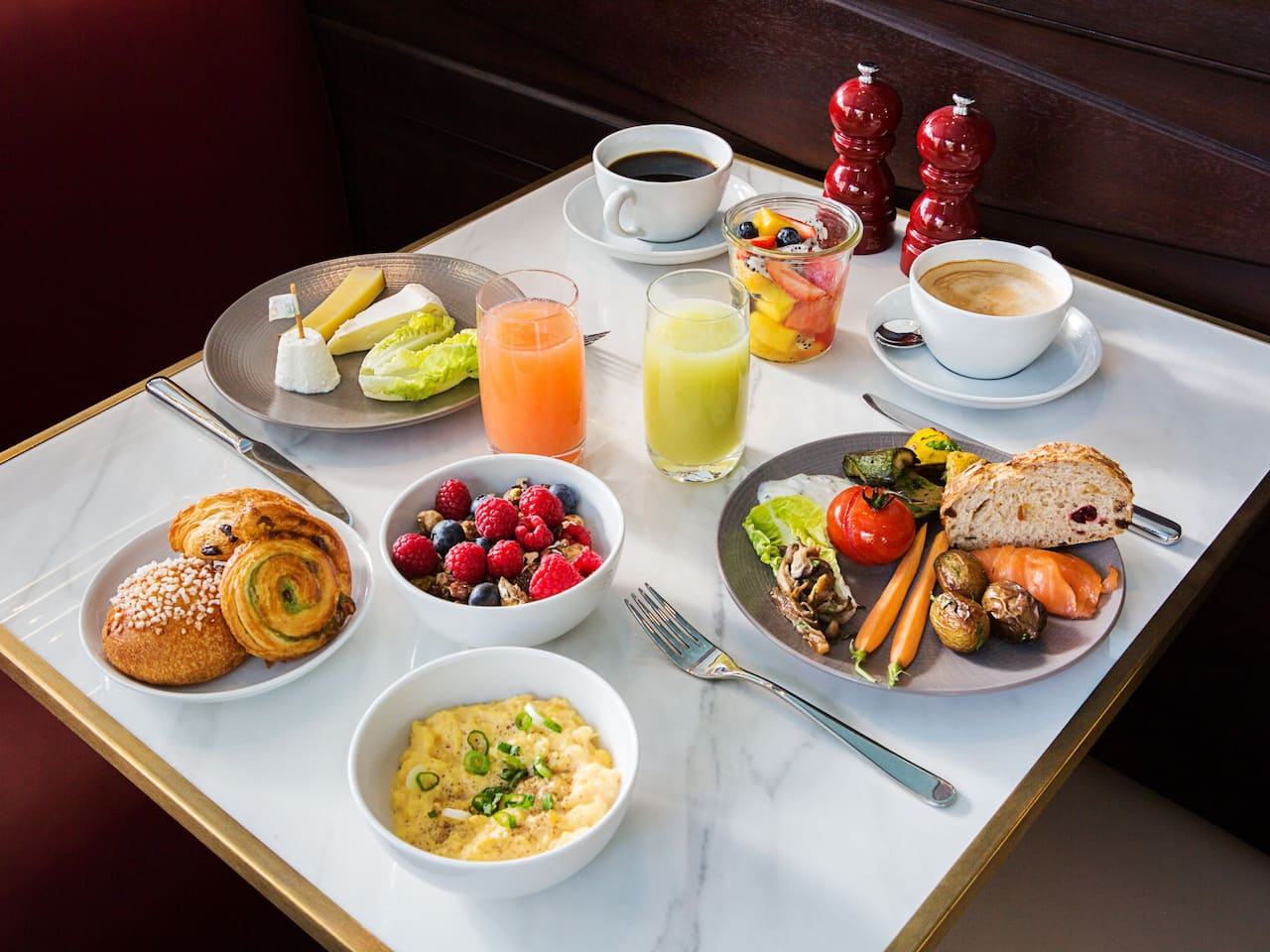 Petit Déjeuner à l'Hôtel du Louvre by Hyatt