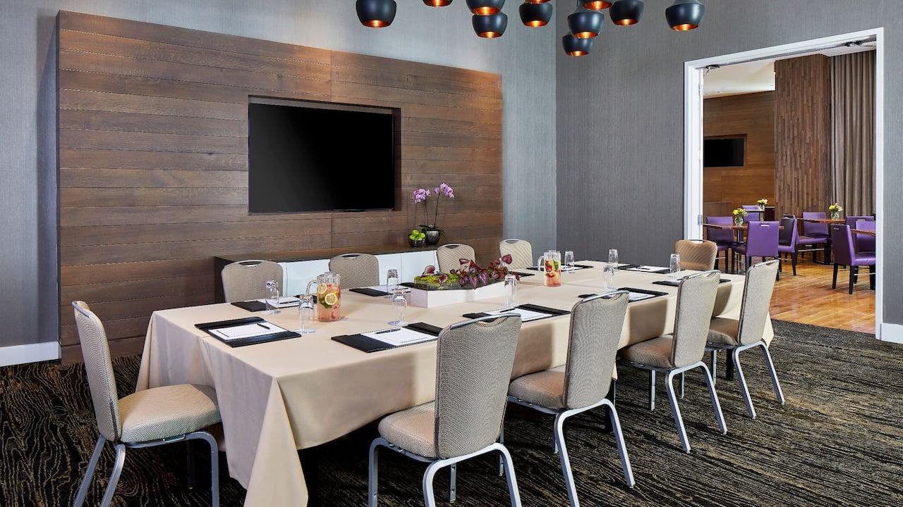 Atlantis Meeting Room