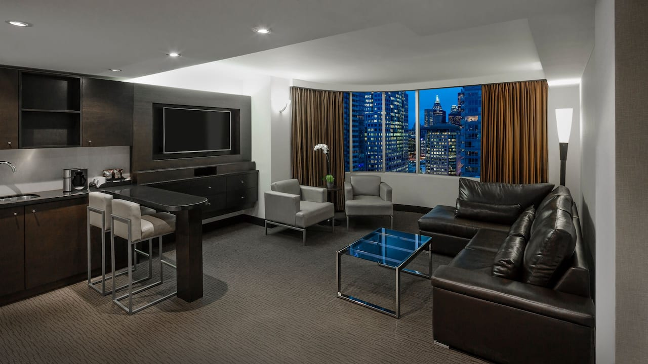 Deluxe Suite at Hyatt Regency Toronto