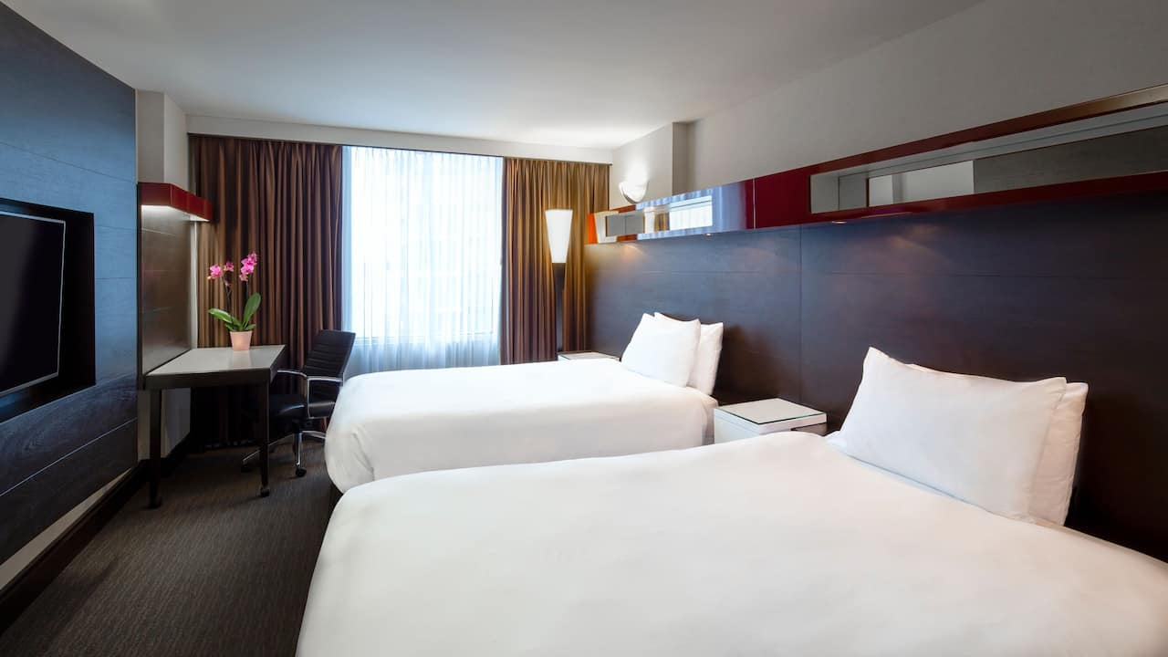 Hyatt Regency Toronto Two Double Beds