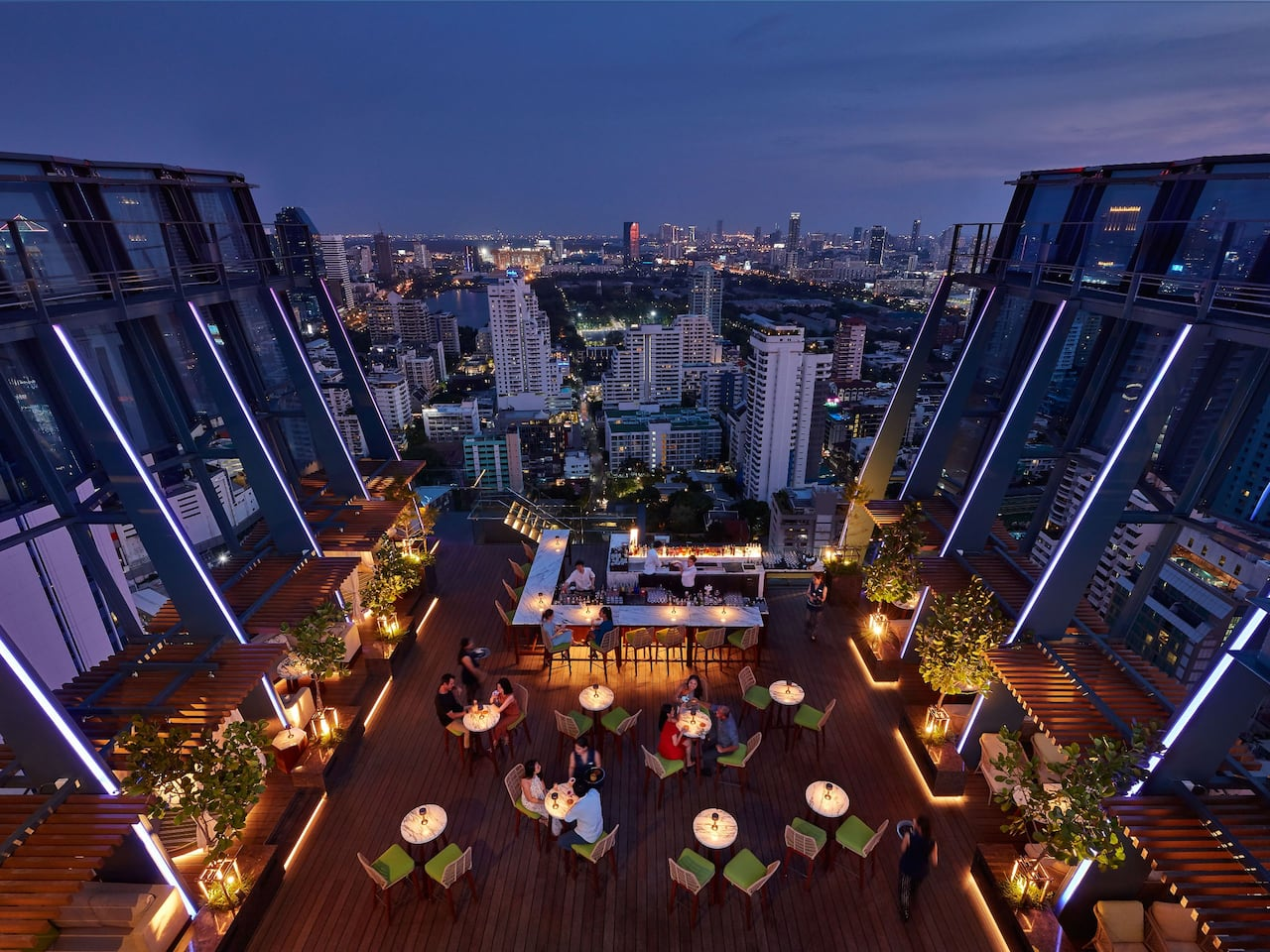 Hotel Near Terminal 21 Bangkok with Rooftop Bar at Hyatt Regency Bangkok Sukhumvit