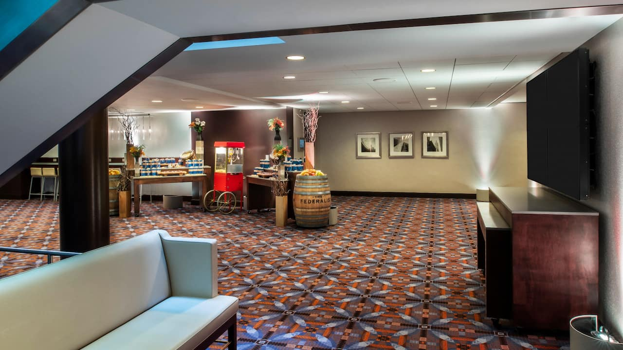 Spacious foyer and conference center near O'Hare Airport