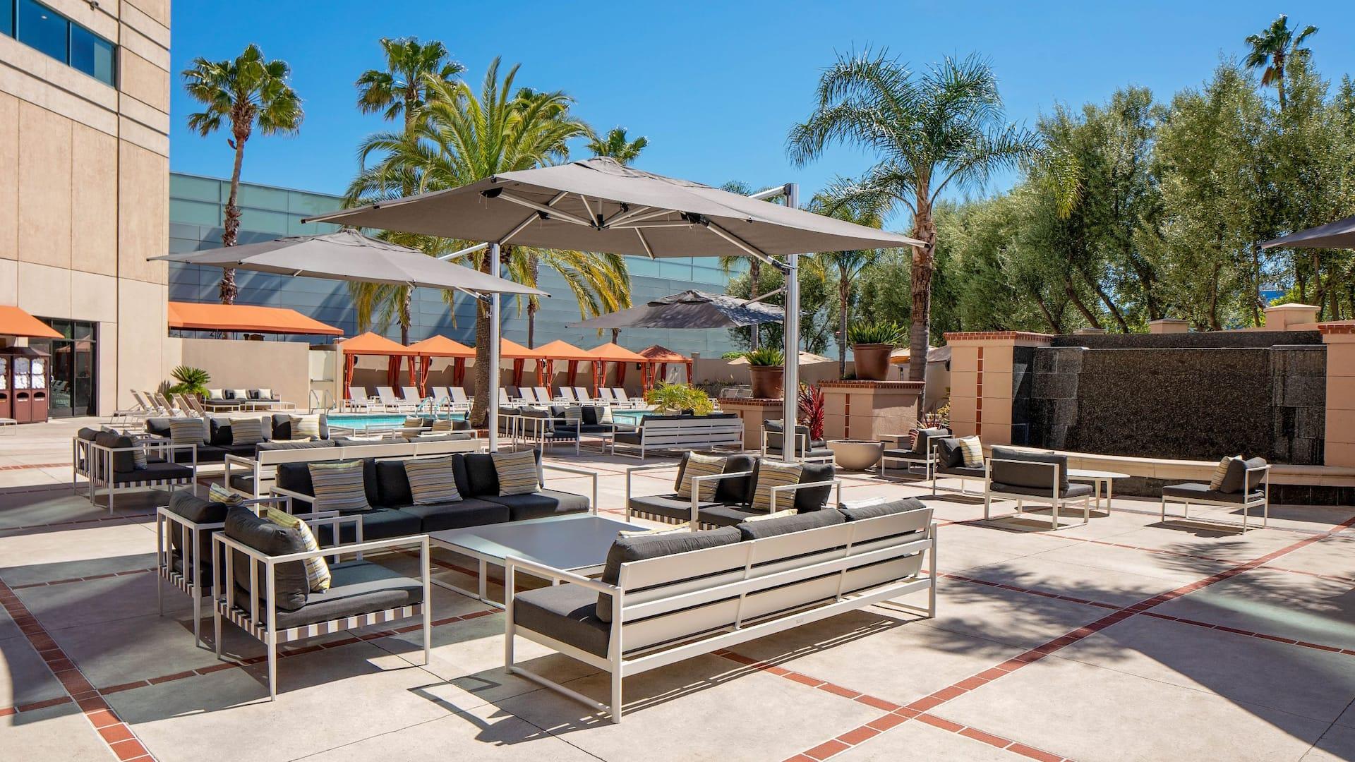 Outdoor Pool Hyatt Regency Santa Clara