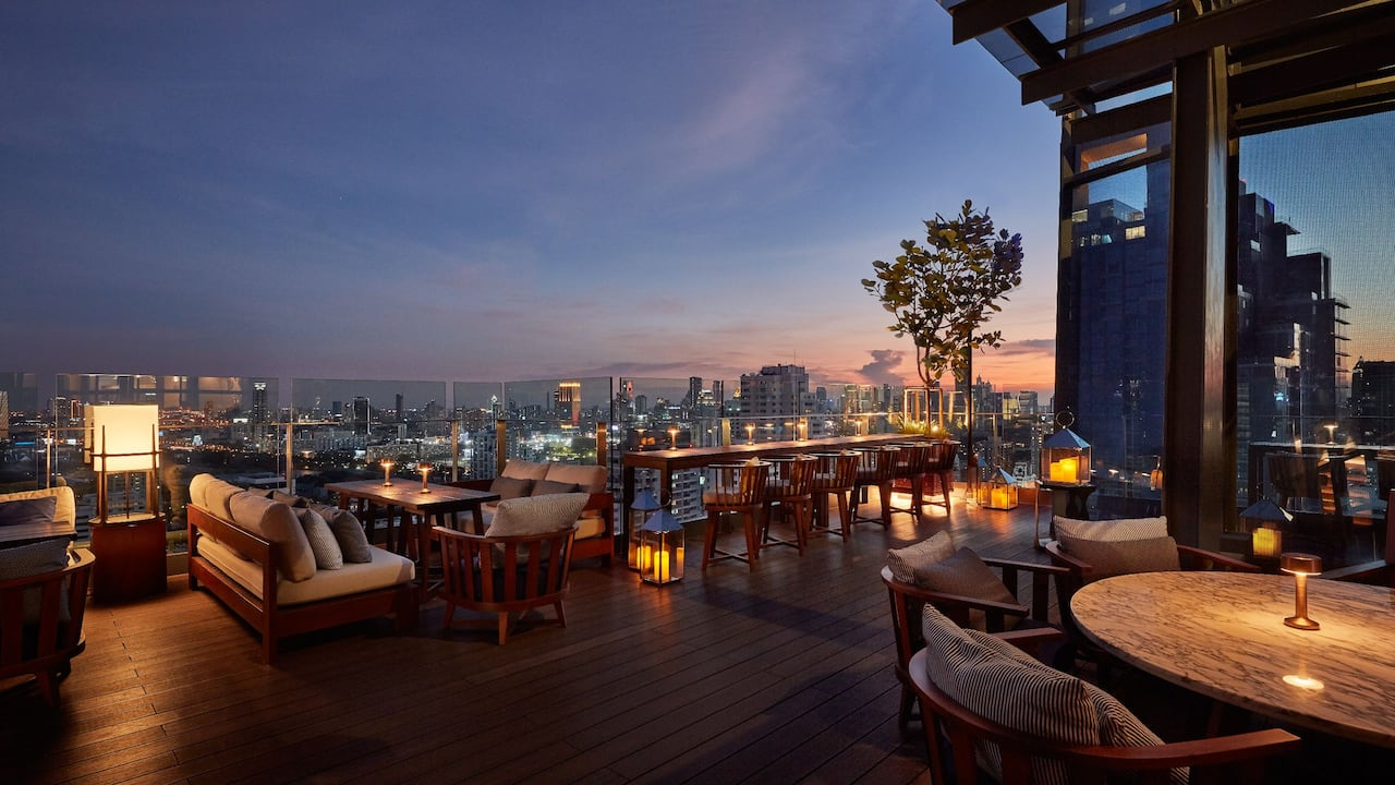 Spectrum Lounge & Bar | Best Rooftop Bar in Sukhumvit, Bangkok