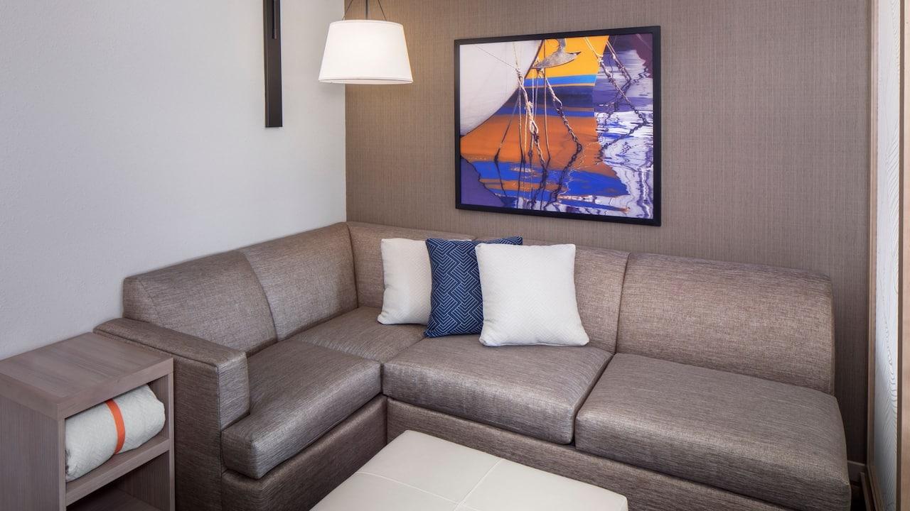 Guestroom Cozy Corner