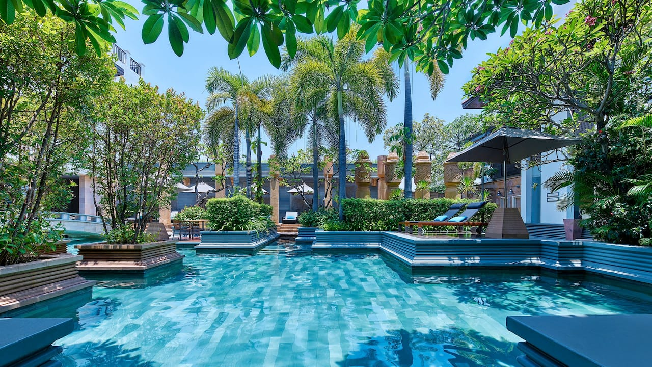 Luxury 5-star hotel in Siem Reap Outdoor Pool