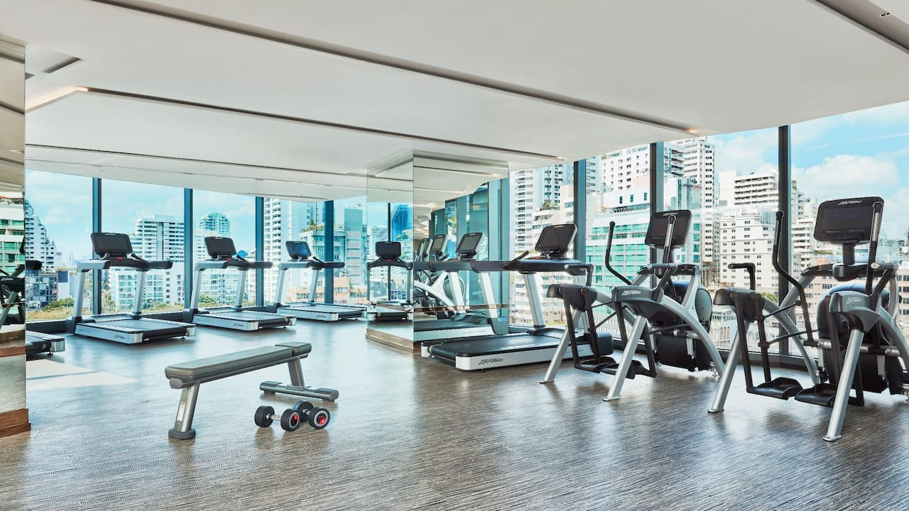Hotel Near Siam Paragon Bangkok with Gym at Hyatt Regency Bangkok Sukhumvit