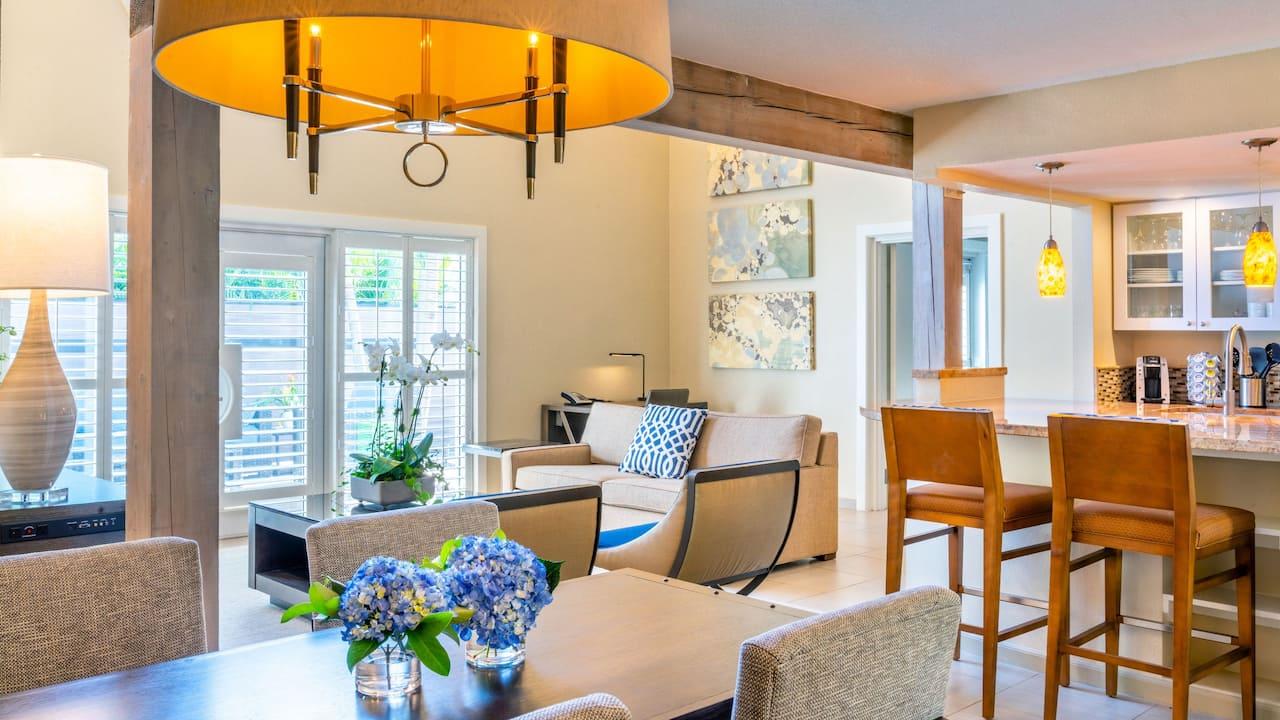 Deluxe Casita Suite Living Area