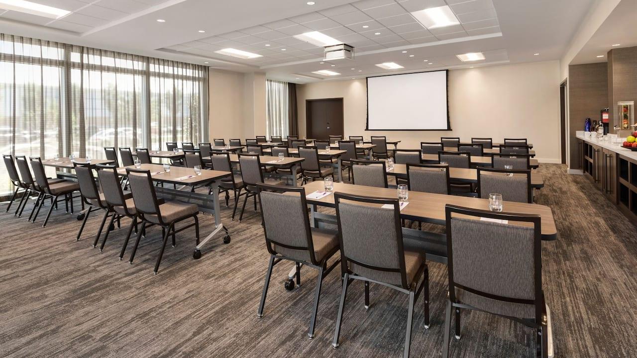 Hyatt-Place-Virigina-Beach-Town-classroom-setup
