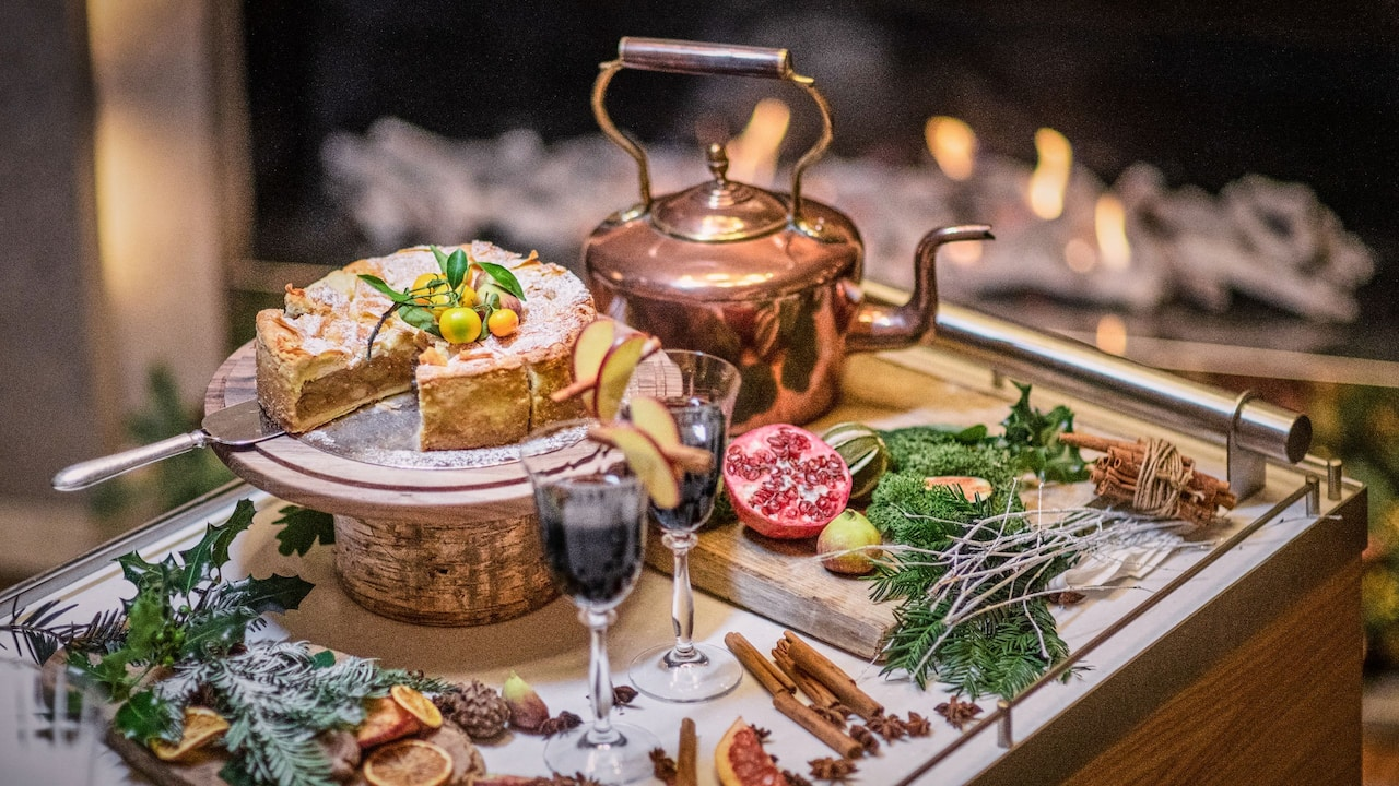 Festive Dining London | Hyatt Regency London - The Churchill
