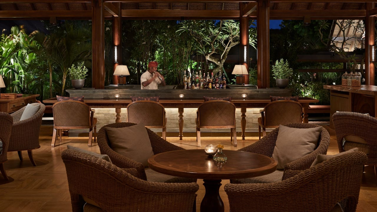 Food, drink and venue of Piano Lounge and Bar Sanur Bali