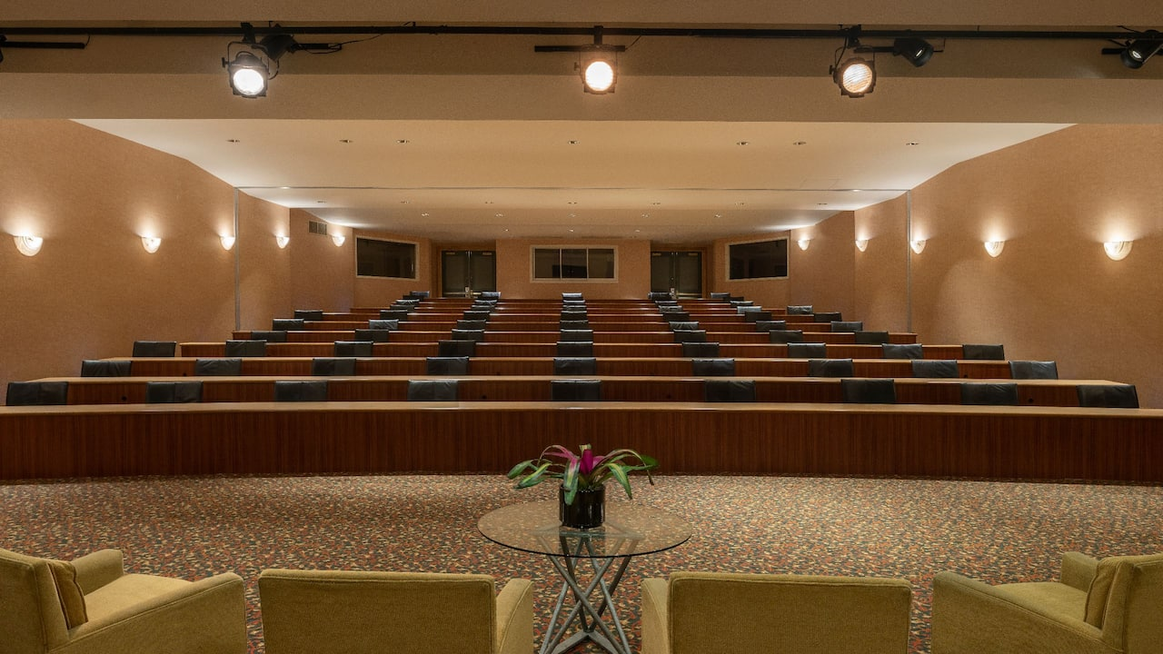 Hyatt Regency Orlando International Airport Briefing Room Staging