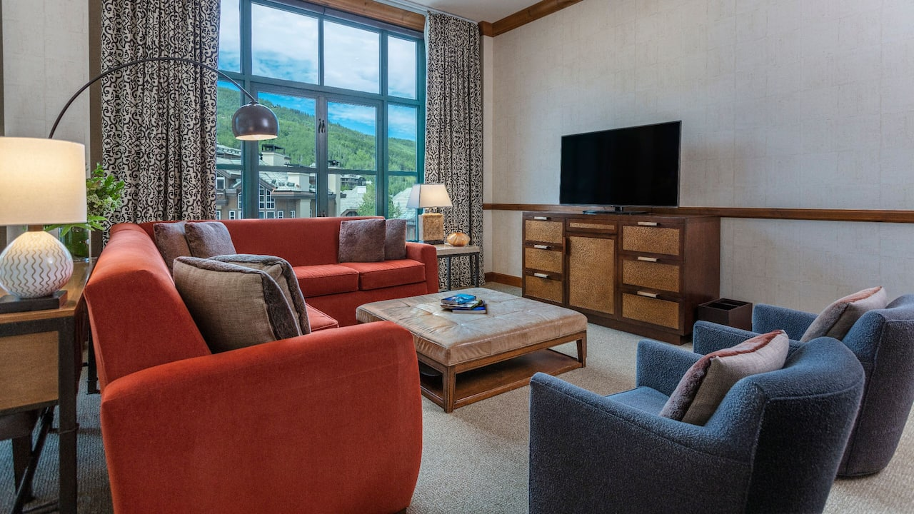 Mount Lincoln Suite Living Room