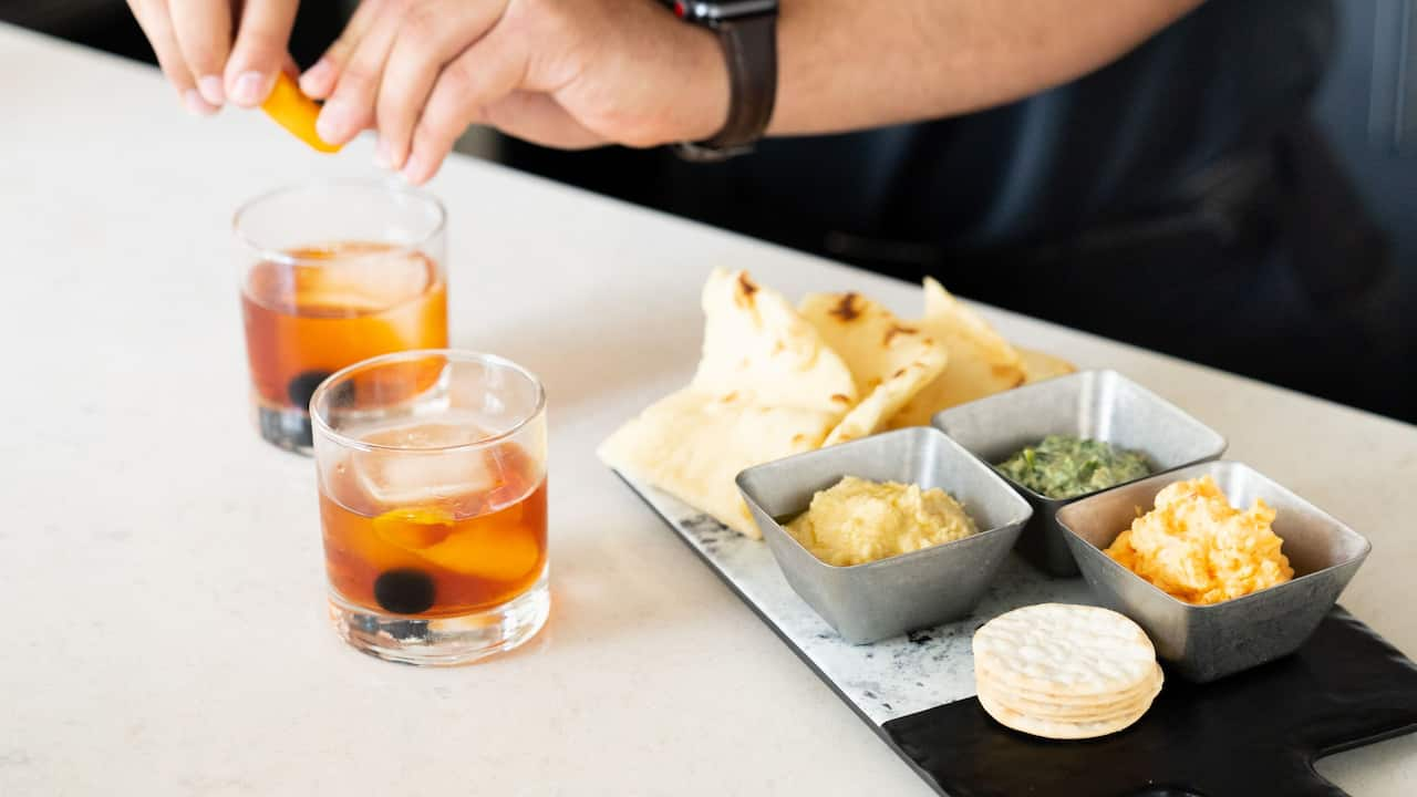 Whiskey Drinks with Appetizers