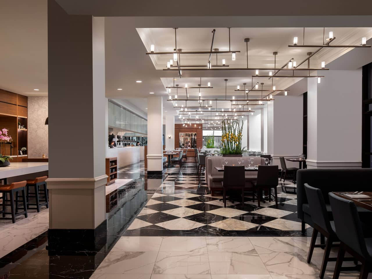 Downtown Orlando Steakhouse with Chic Décor Lounge Seating at Hyatt Regency Orlando