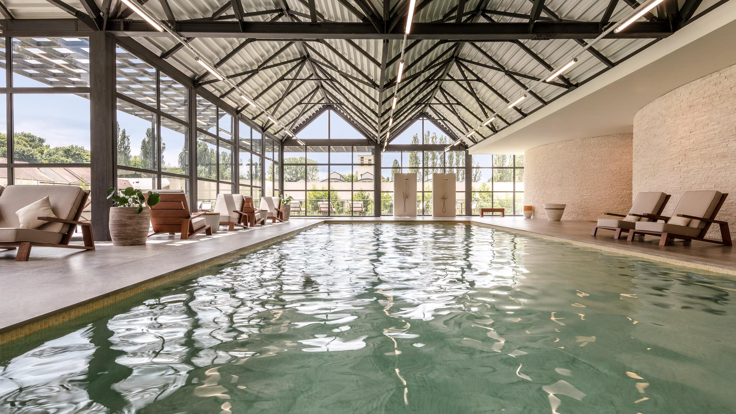 Swimming Pool at Hyatt Regency Chantilly - Le Cottage Spa & Wellness