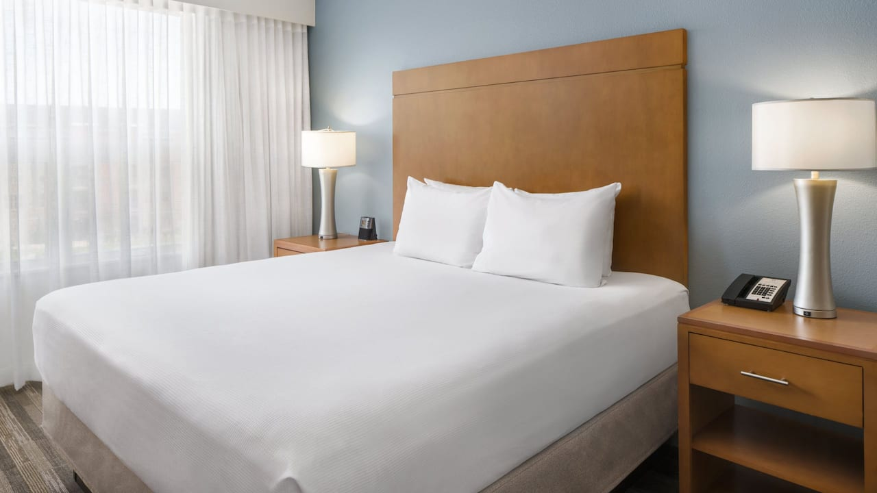 Hyatt House Boulder / Broomfield King Bed
