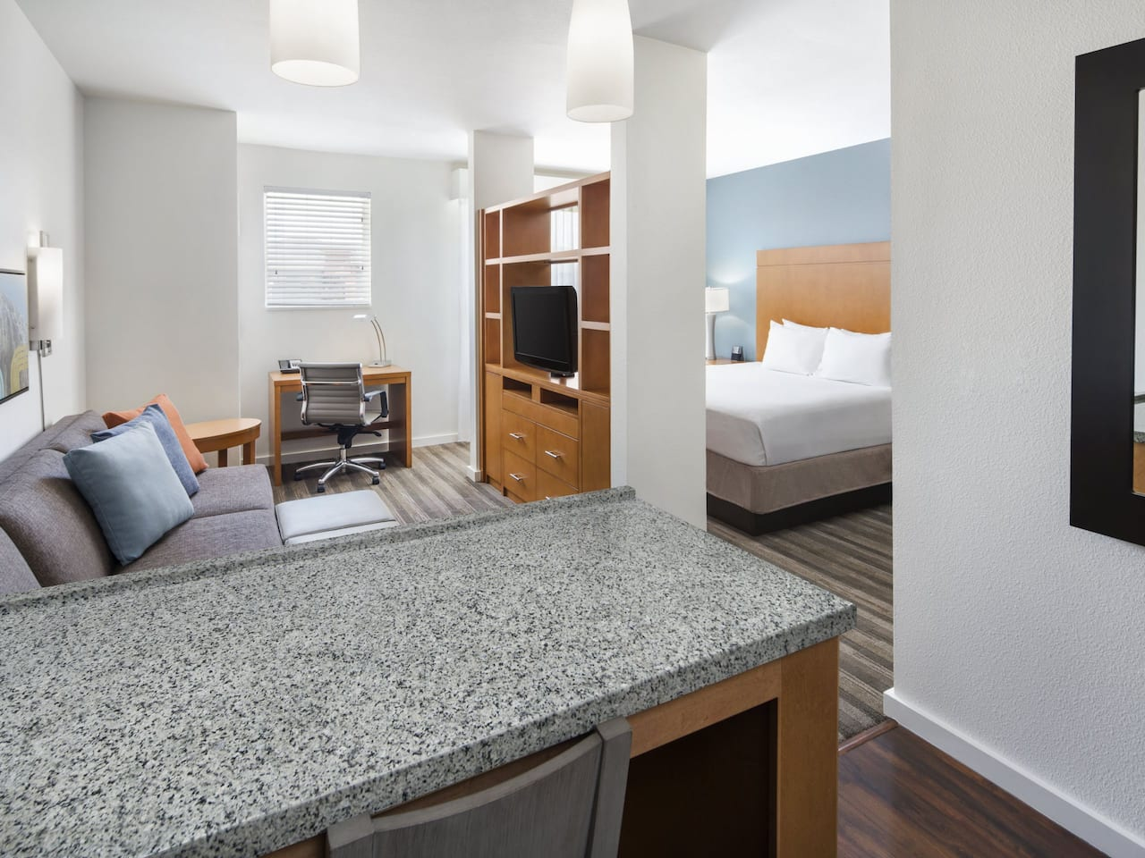 Hyatt House Boulder / Broomfield King Studio