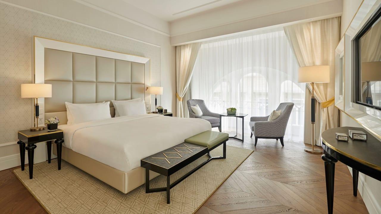 Parisi Udvar Pollack Suite